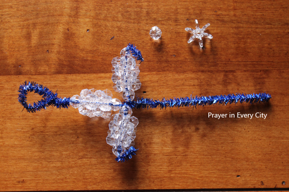 crosses 8